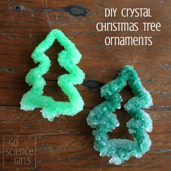 Making Borax crystal Christmas tree ornaments