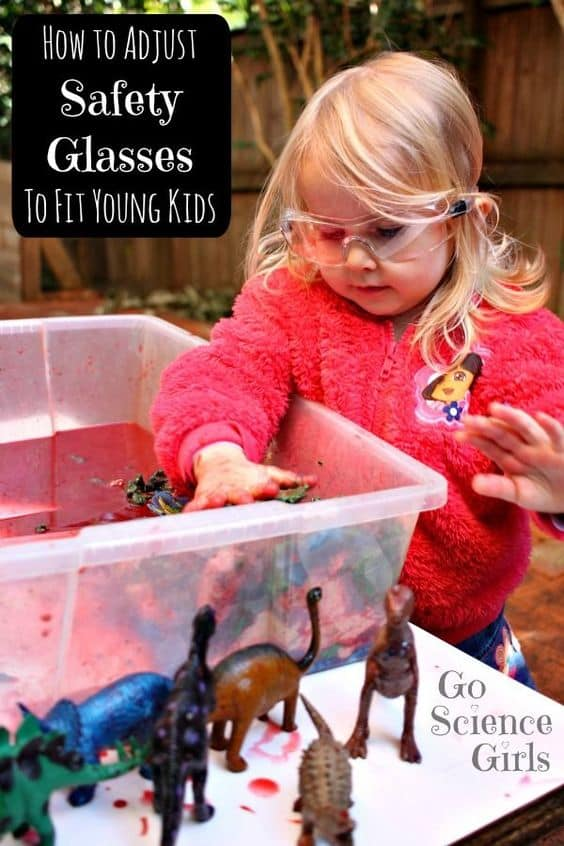 Toddler eye protection for safe and fun science play