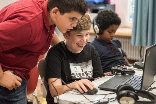 Teens Learning Code